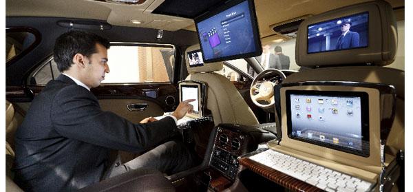 2013 Bentley car office